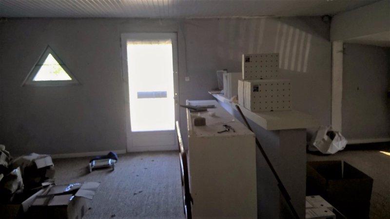 vente immobilier professionnel proche marmande ensemble de 2 entrep ts avec bureaux. Black Bedroom Furniture Sets. Home Design Ideas